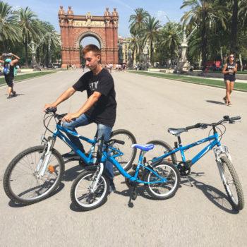 kids-children-bikes-rent-barcelona-02