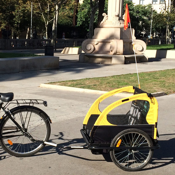 Trailer bike rental Barcelona